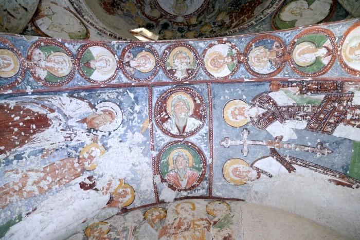 Freski w kościele El Nazar