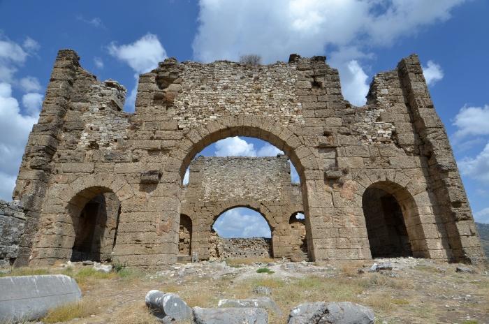 Bazylika w Aspendos
