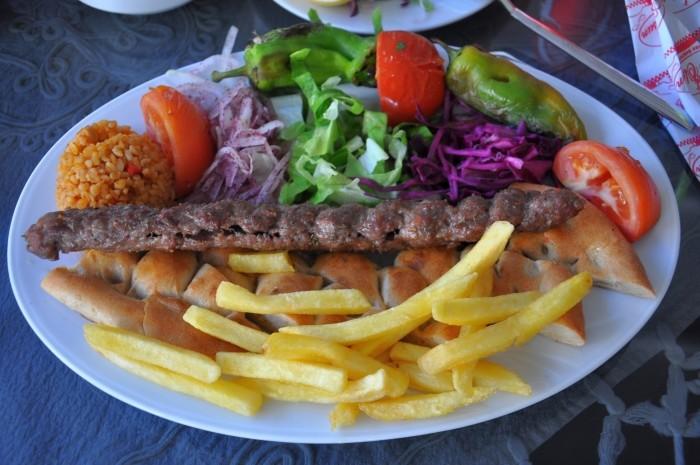 Kebab Bolu z restauracji Bolu Sofrası