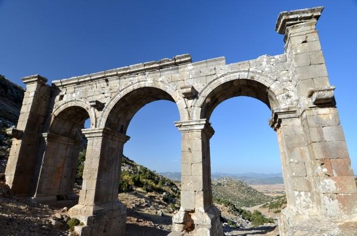 Monumentalna brama w Ariassos