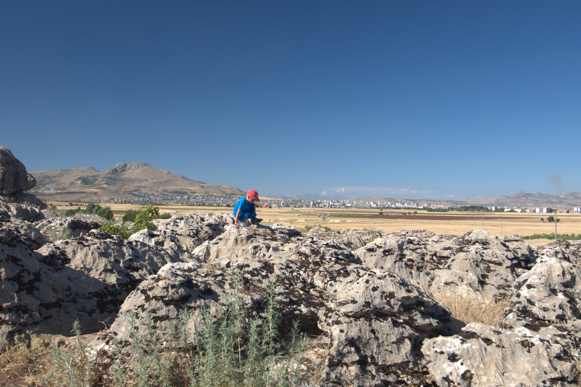 Wspinaczka po skałkach w okolicy Ergani