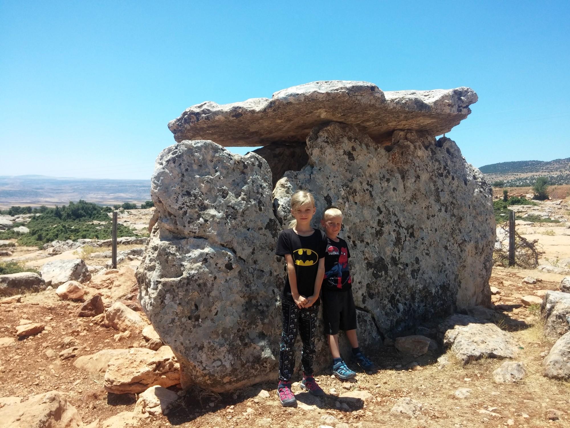 Wizyta w dolmenie