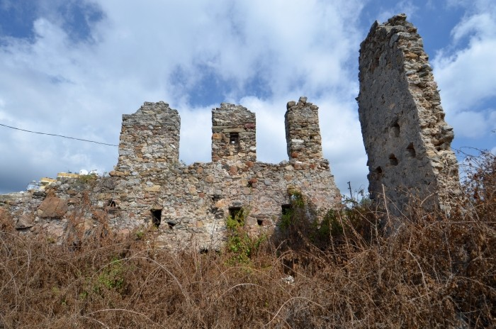 Bizantyjskie budynki w Nauli czyli Mahmutlar