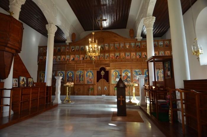 Wnętrze kościoła świętych Konstantyna i Heleny w Edirne