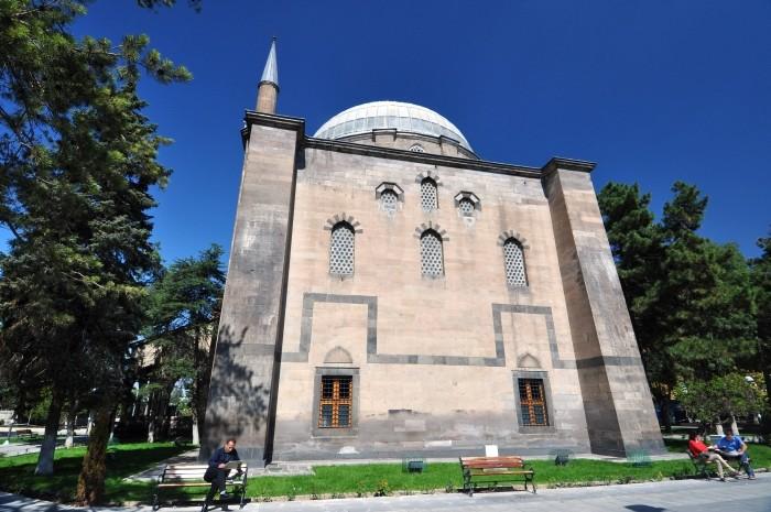 Meczet Kurşunlu