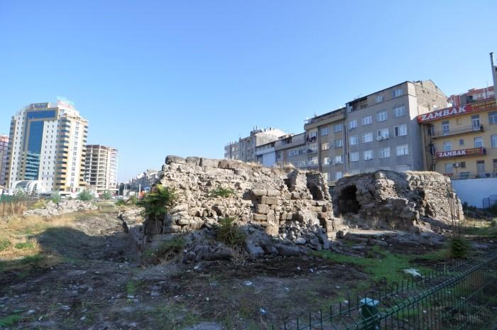 Tajemnicze ruiny w centrum Kayseri