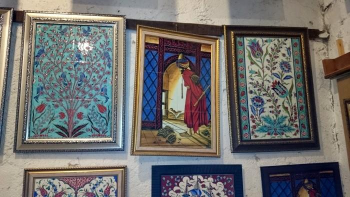 Obrazy malowane na kaflach
