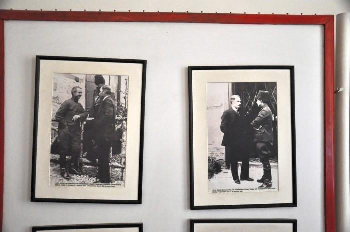 Fotografie przedstawiające İsmeta İnönü z Atatürkiem