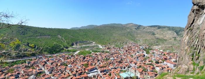 Widoki z twierdzy na miasto Afyon i jego okolice