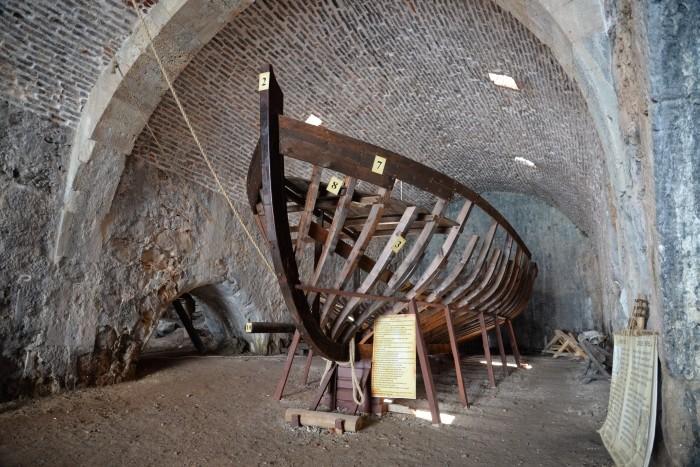Model statku budowanego w stoczniach w Alanyi