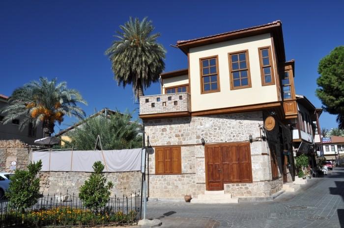 Dzielnica Kaleiçi w Antalyi