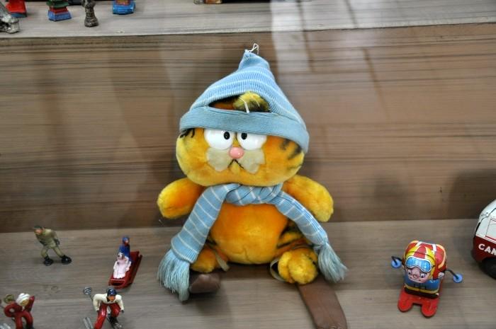 Muzeum Zabawek - smutny kot Garfield