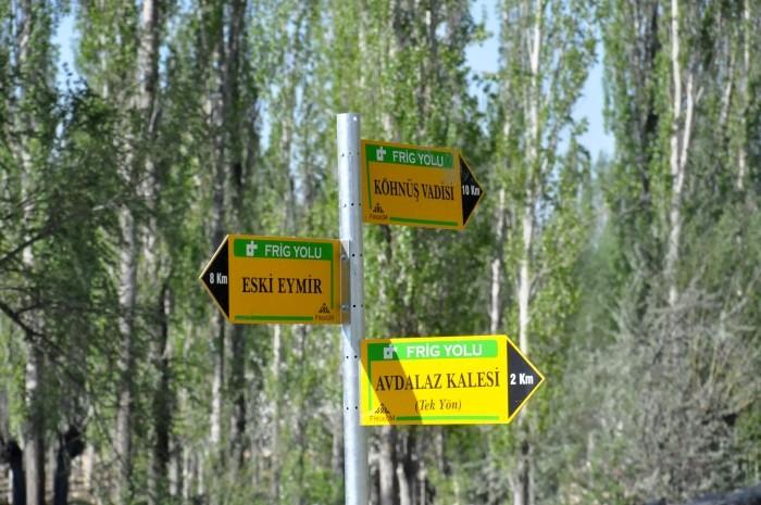 Kierunkowskazy Drogi Frygijskiej w Ayazini