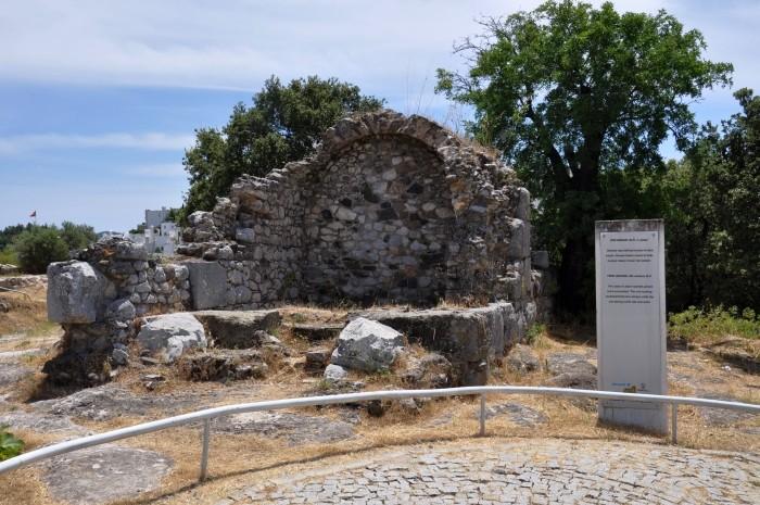 Jeden z grobowców z IV wieku p.n.e.