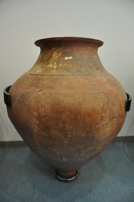 Naczynie znane jako pitos z wraku Ṣeytan Deresi