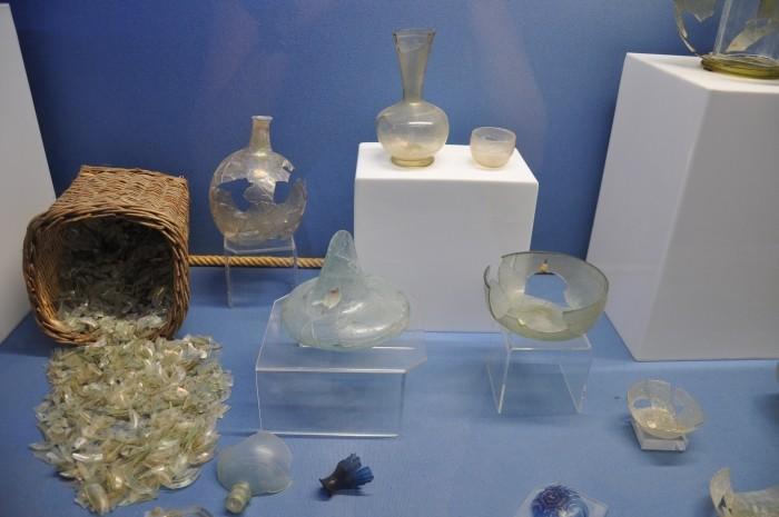 Szkło znalezione we wraku statku z Serçe