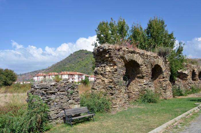Antyczny akwedukt w Gazipaşa