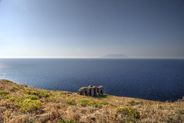 Widok na grecką wyspę Samotraka z Gökçeady