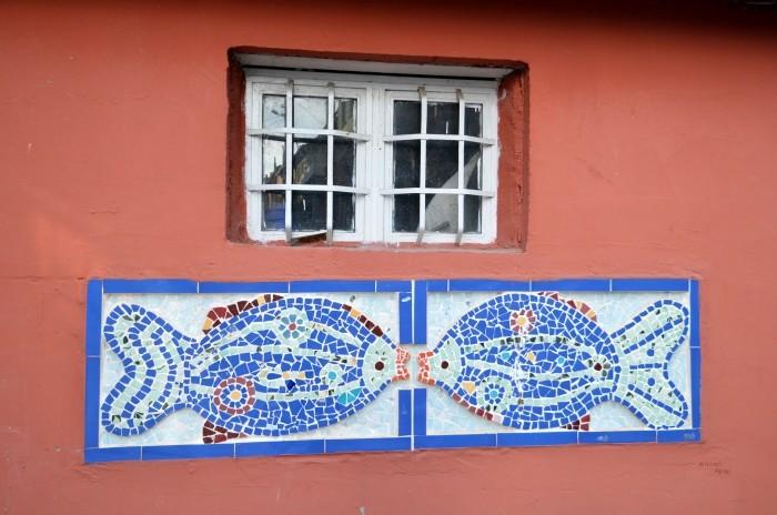 Dekoracja fasady domu w Gölyazı