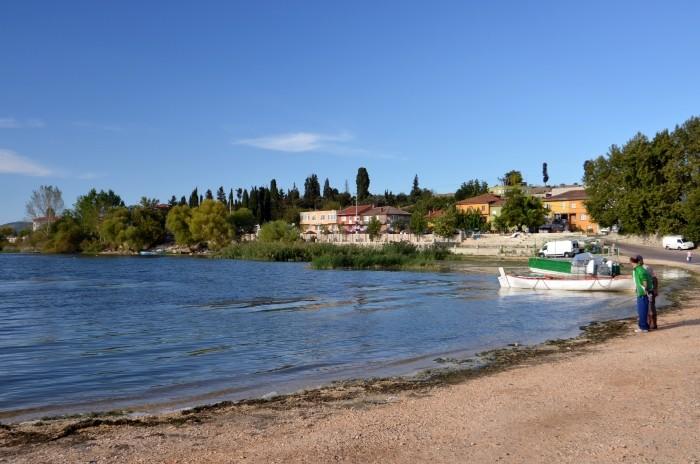 Gölyazı nad jeziorem Ulubat
