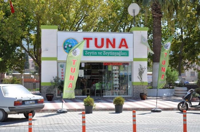 Sklep firmy Tuna w centrum Havran