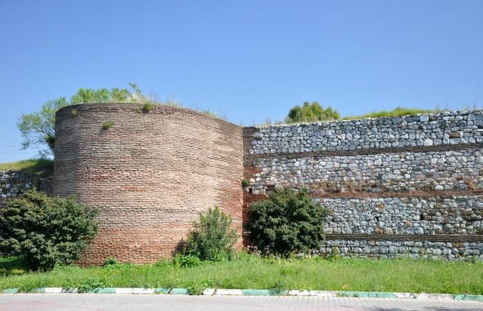 Fortyfikacje miejskie w Izniku