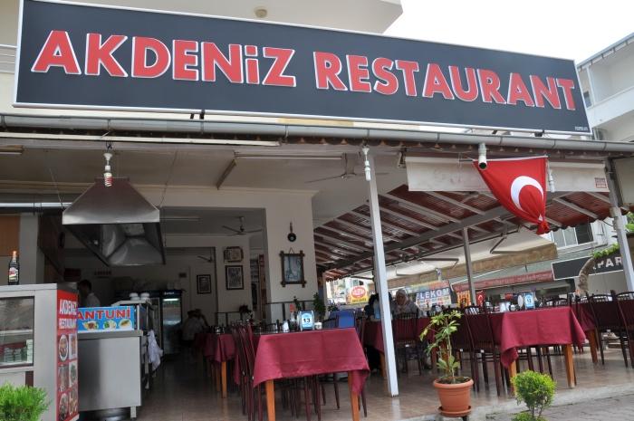 Jedna z restauracji w Kızkalesi