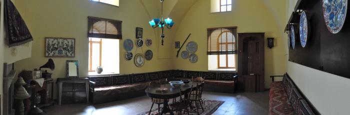 Wnętrze pokoju z końca XIX wieku