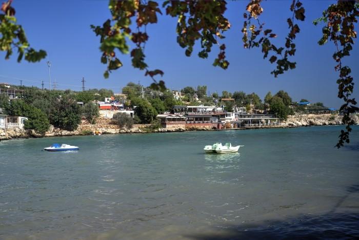 Restauracje nad zatoką w Narlıkuyu