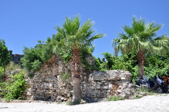 Ruiny antycznych budowli w Side