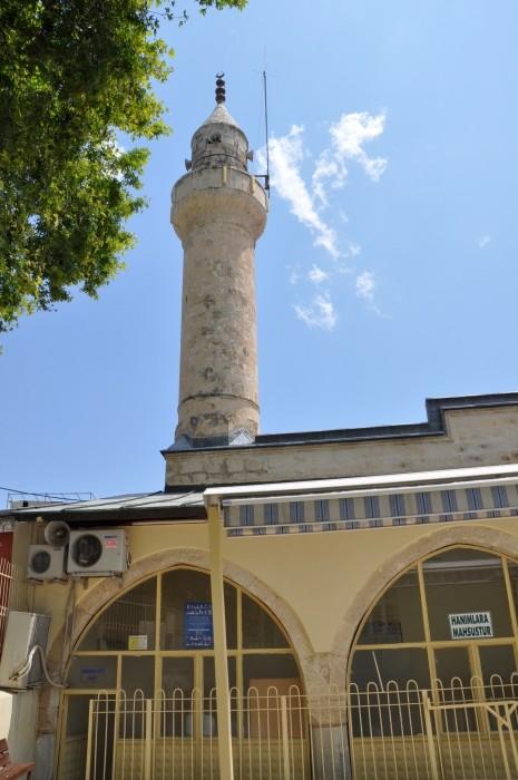 Jedyny minaret meczetu Alaaddin w Silifke