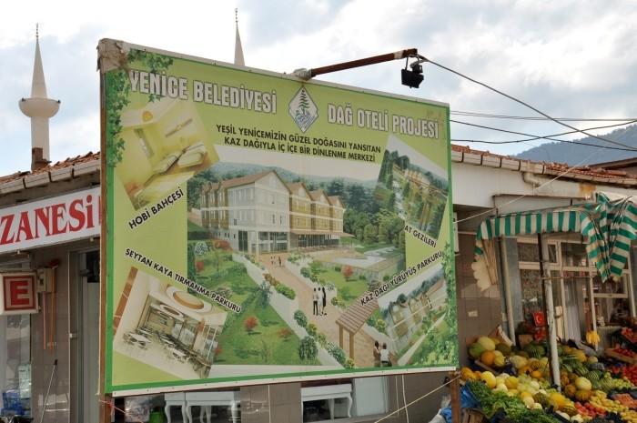 Promocja Yenice w formie bilboardu