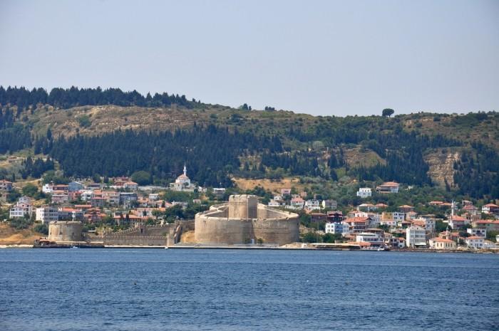 Cieśnina Dardanele i forteca w  Kilitbahir