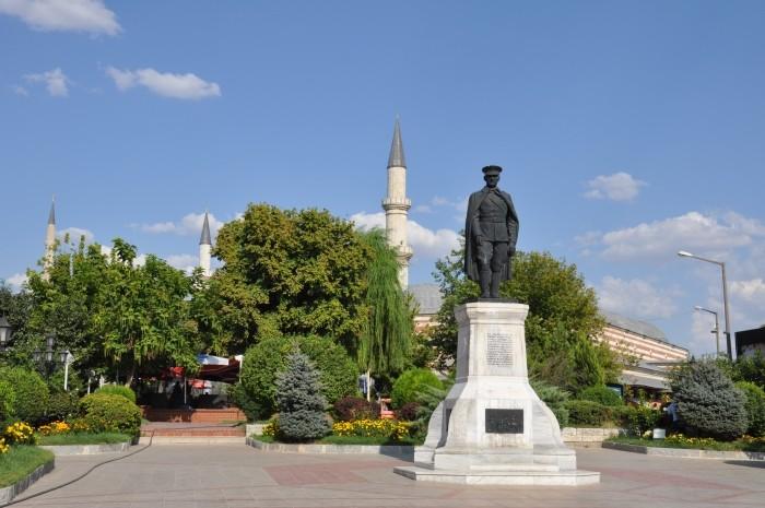 Ojciec nowoczesnej Turcji w Edirne