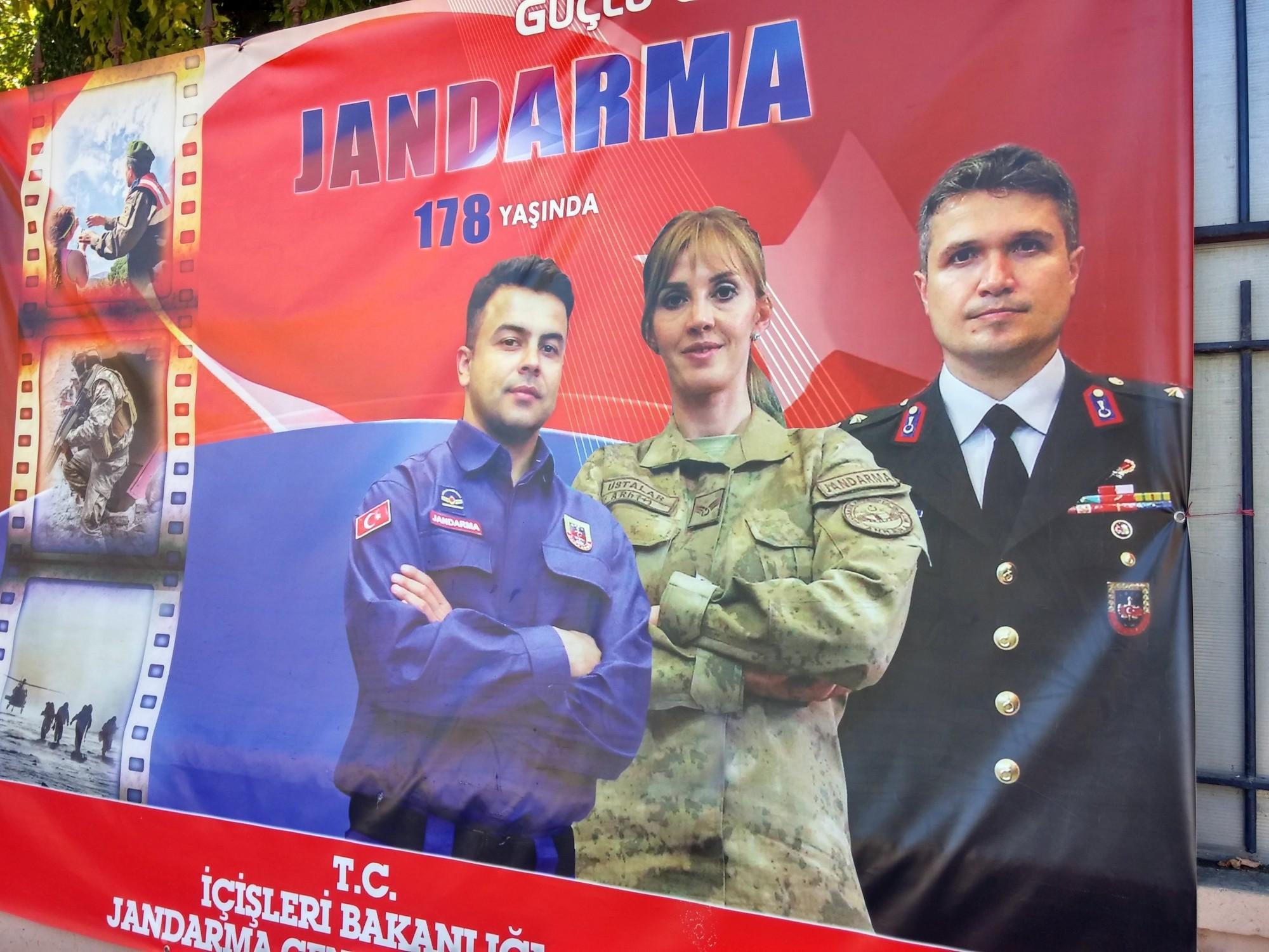 Jandarma jak z reklamy