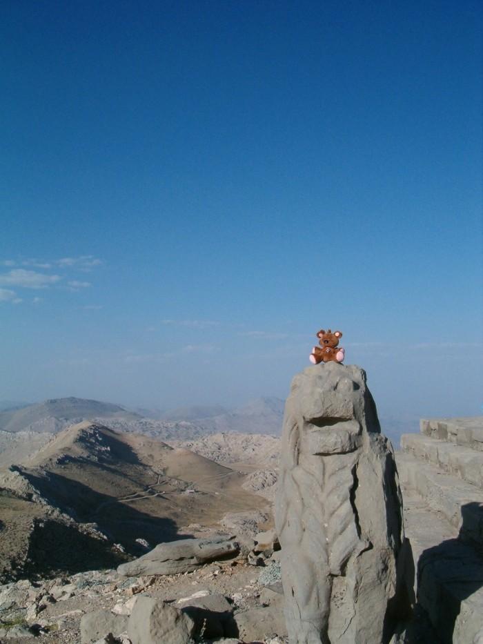 Pooky na górze Nemrut