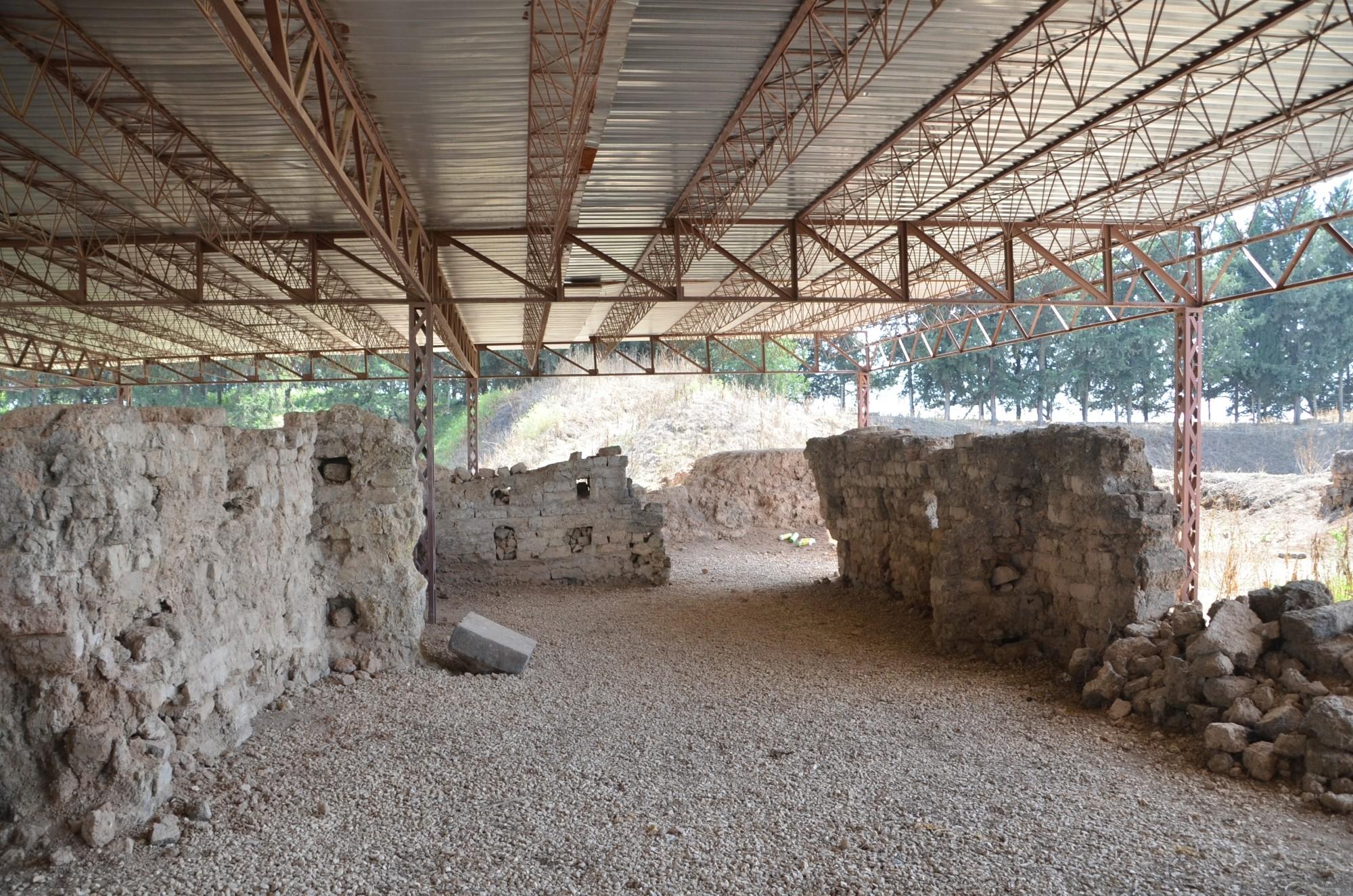 Pałac króla Yarim-Lima w Alalakh - to na jego terenie znaleziono królewskie archiwum