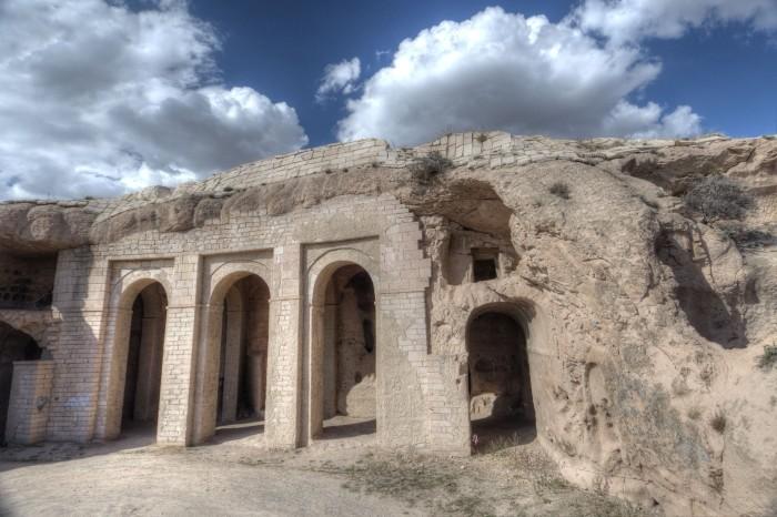 Klasztor Belha w pobliżu Özkonak