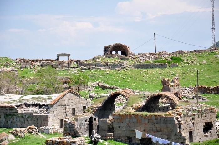 Krajobraz wsi Üçkuyu