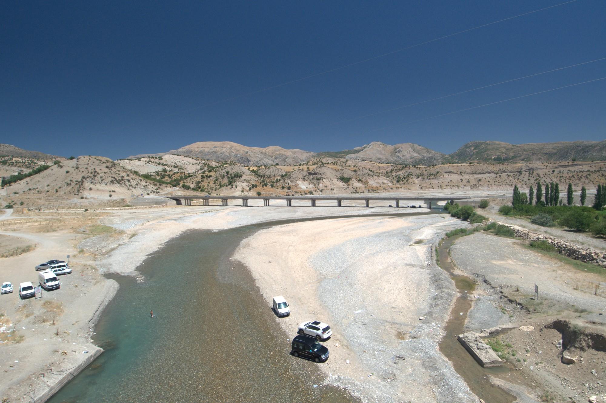 Nowy most nad potokiem Cendere