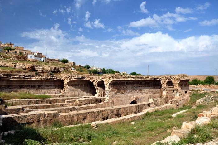 Bizantyjskie cysterny i współczesna wioska Oğuz