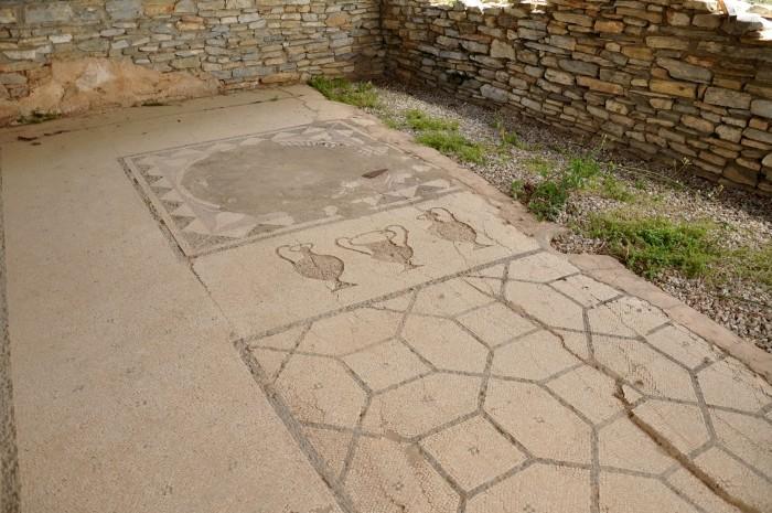 Rezydencja z mozaikami i freskami w Iasos