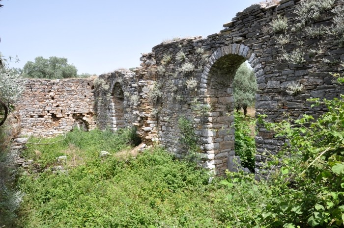 Mur otaczający sanktuarium Artemidy Astias w Iasos