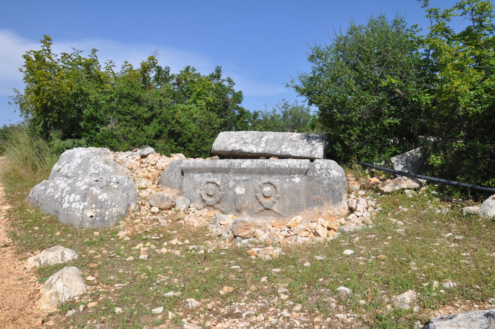 Sarkofag w Işıkkale