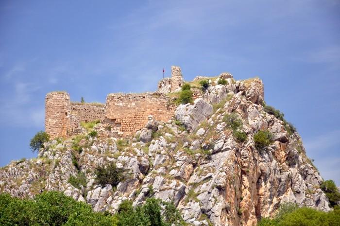 Twierdza na akropolu w Kastabali