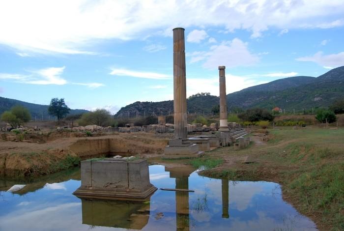 Świątynia Apollina w Klaros