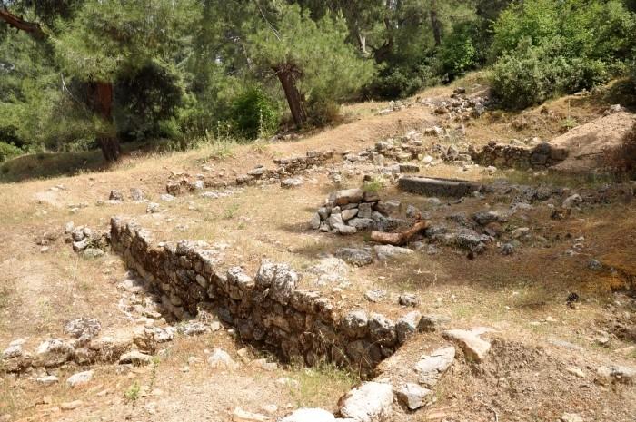 Ruiny Kolofonu