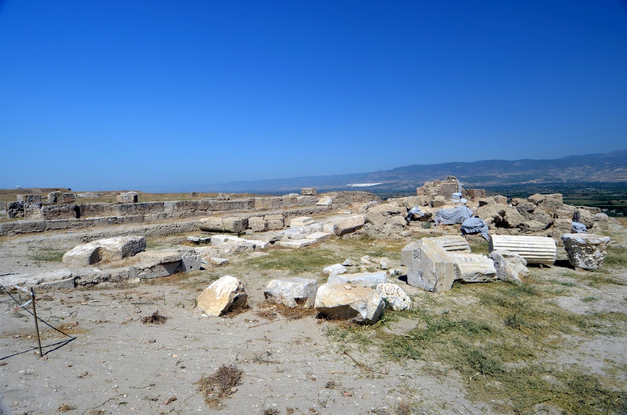 Ruiny Północnej Bazyliki w Laodycei
