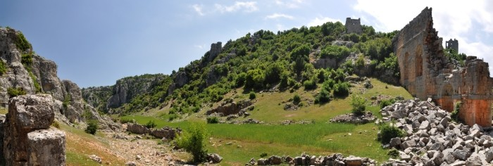 Widok panoramiczny na wylot wąwozu Şeytan Deresi