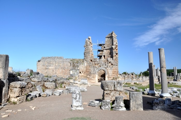 Brama hellenistyczna w Perge